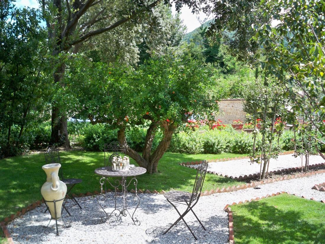 giardino a Pietrasanta 18