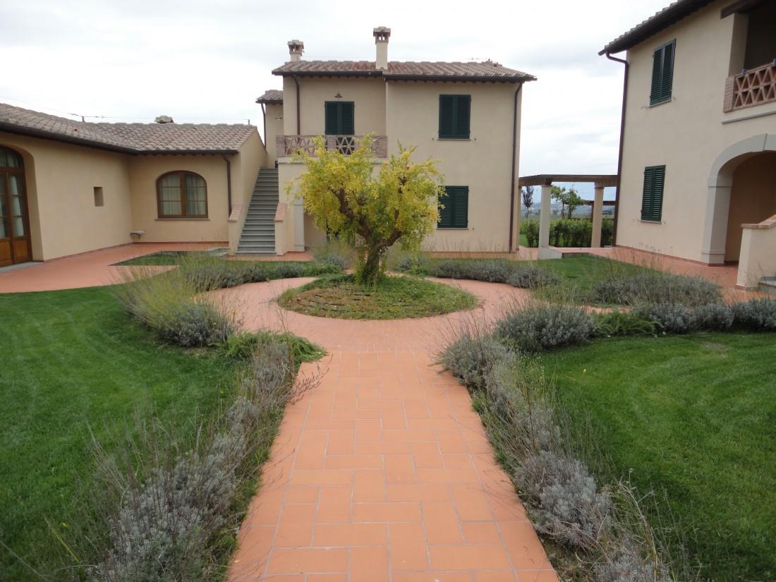 giardino agriturismo a Firenze 3