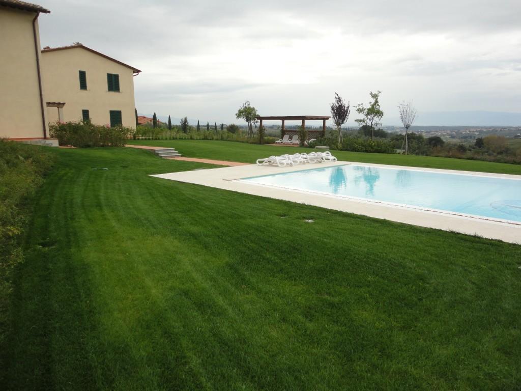 Realizzazione giardino e piscina frullani group luxury for Rendering giardino