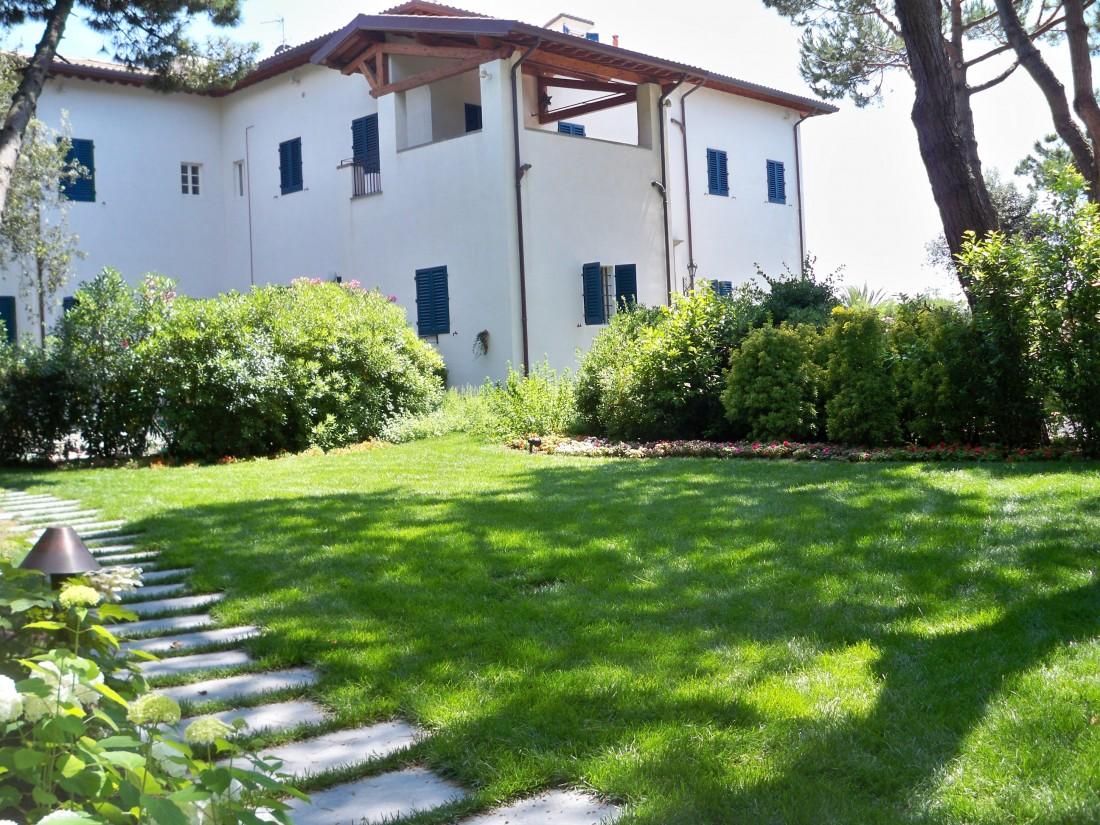 giardino in Versilia 11