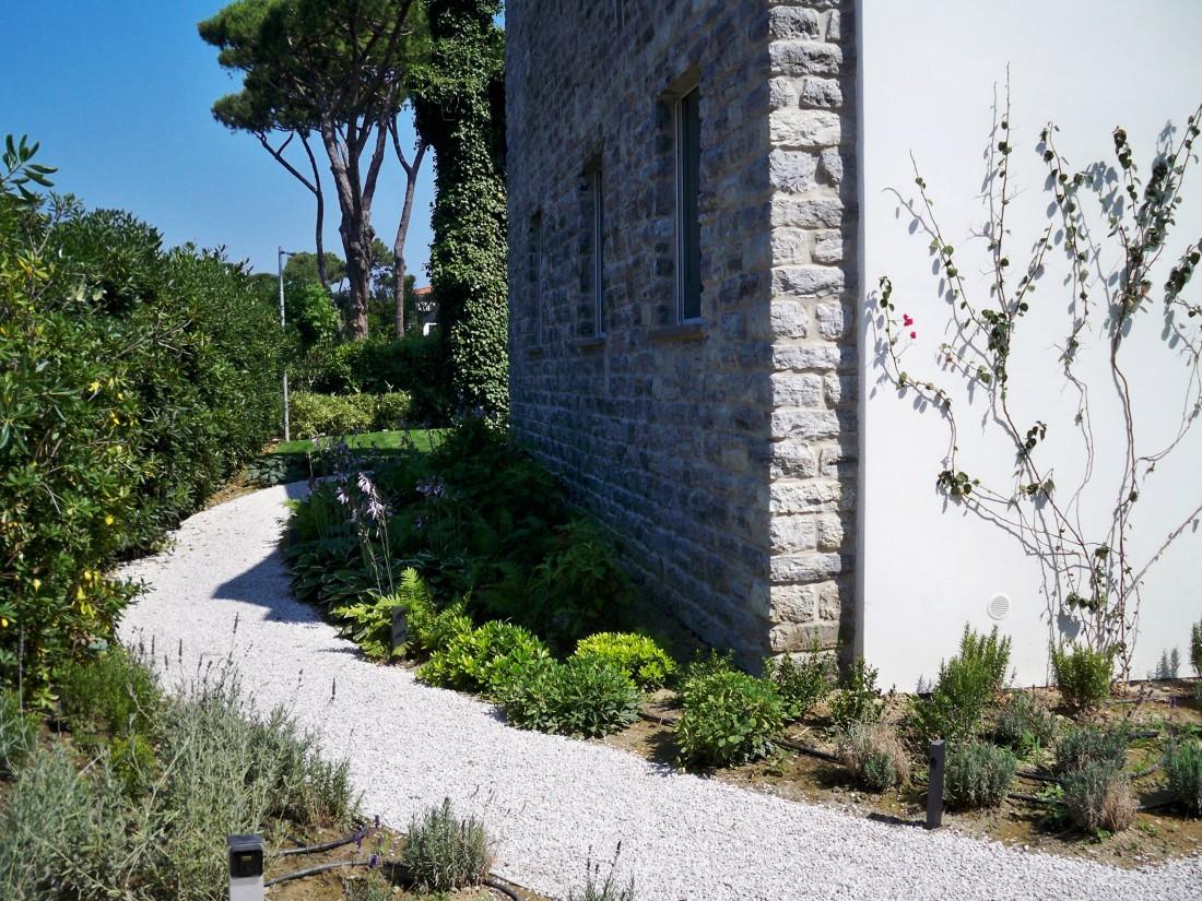 giardino villa al mare 7