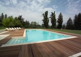 piscina 16