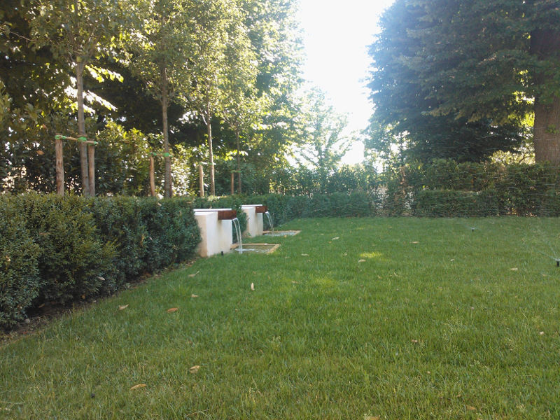 Realizzazione Giardini Moderni : Progettazione costruzione e realizzazione giardini frullani